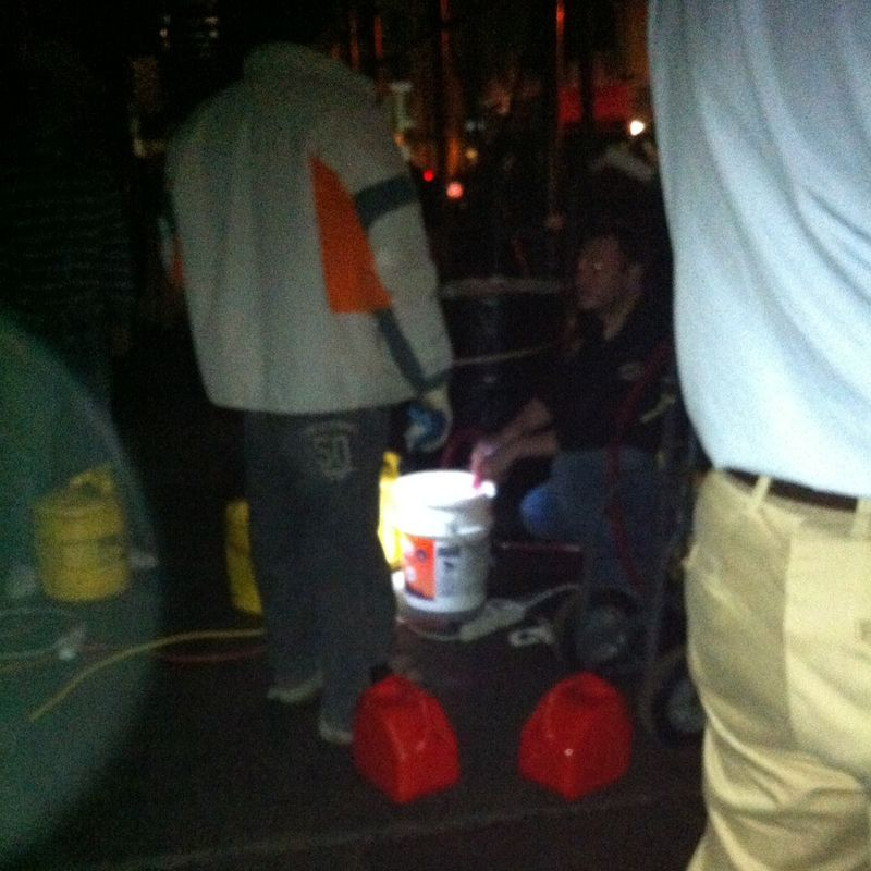 4 bucket cropped web
